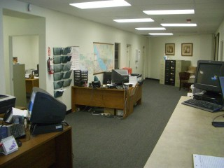 なにげに事務所も撮影してみました